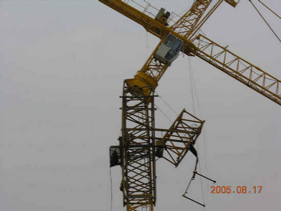 Divers accidents de chantier Crane